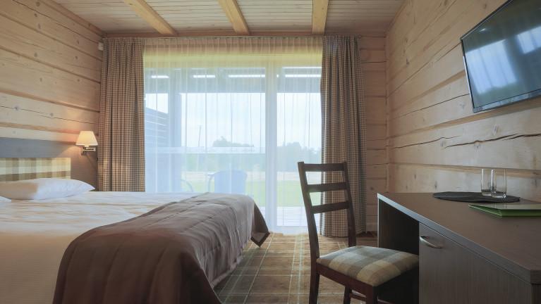 """Вилла """"Ežero"""" двухместный номер с террасой 1 этаж"""
